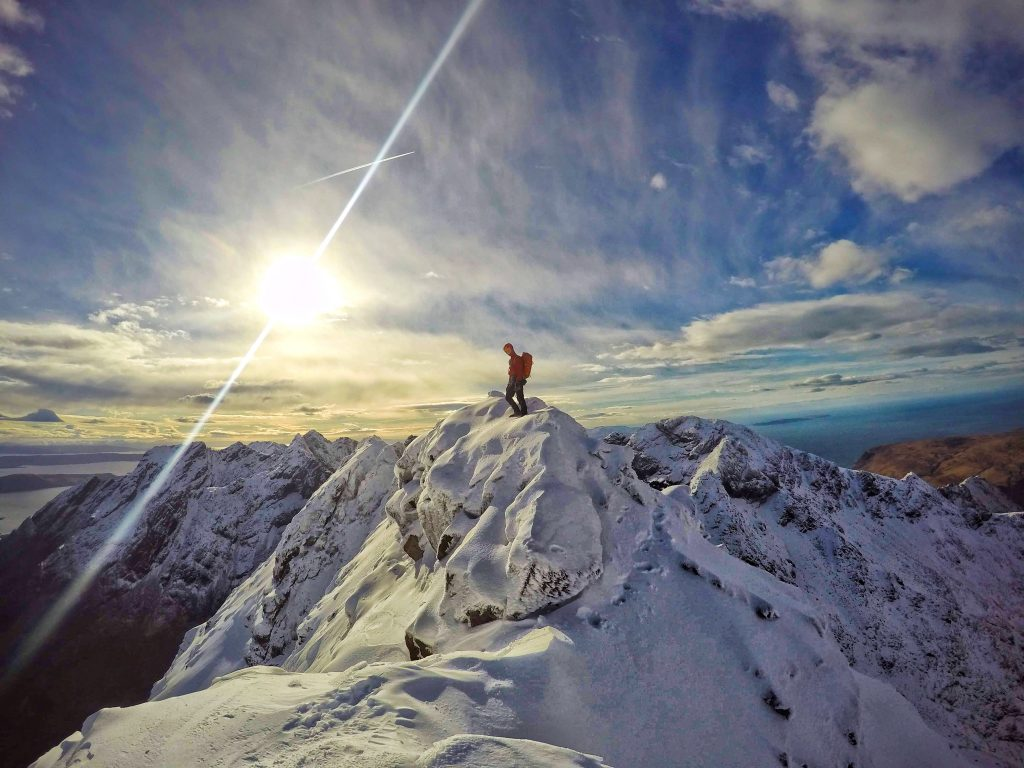 cuillin ridge winter traverse scotland