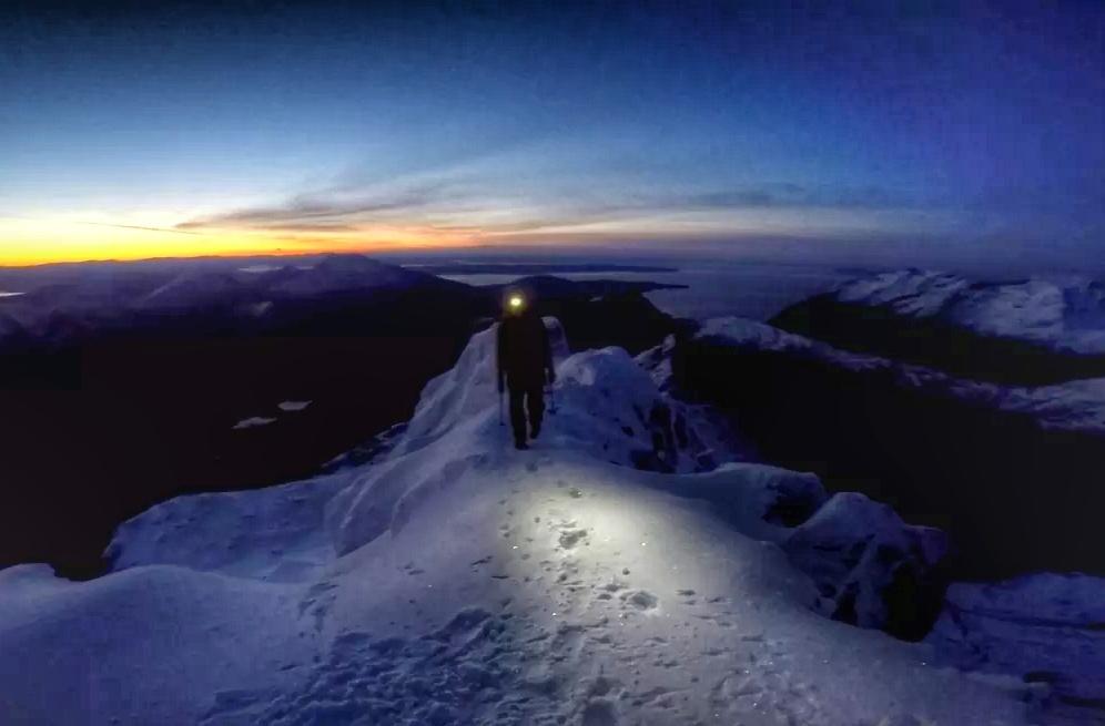 sgurr nan gillean at sunrise cuillin ridge skye